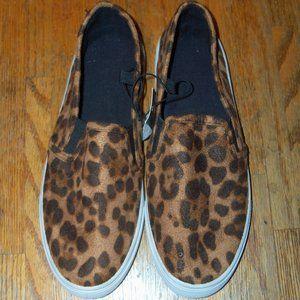 Women's Cheetah Print Slip-On Sneakers